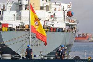 La fragata 'Cristóbal Colón' atracada en Salalah (Omán). Fuente: armada.mde.es